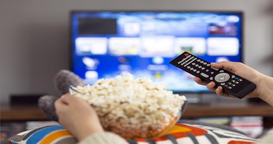 Saiba como transformar sua TV em uma Smart TV